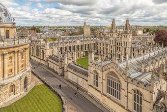 """لأول مرة .. """"أوكسفورد"""" و""""كمبريدج"""" تفقدان المركز الأول في تصنيفات الجامعات البريطانية"""