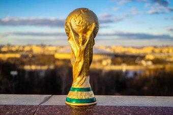 في 30 سبتمبر .. حسم قرار إقامة كأس العالم كل عامين