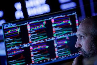 الأسهم الأمريكية تسجل خسائر شهرية وأسوأ أداء فصلي منذ بدء الجائحة