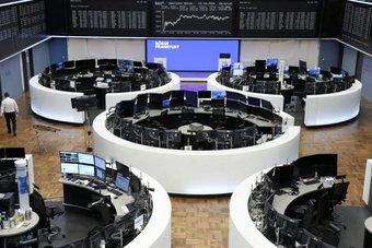 الأسهم الأوروبية تنخفض بفعل مخاوف التضخم