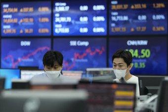 أعلى ارتفاع أسبوعي لأسهم أوروبا في شهرين رغم التقلبات .. واقتناص الصفقات ينعش «اليابانية»