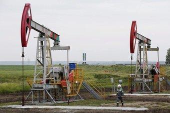 أزمة الطاقة في أوروبا وآسيا تتفاقم مع اقتراب الشتاء .. والفائدة الأمريكية تهدد برياح معاكسة